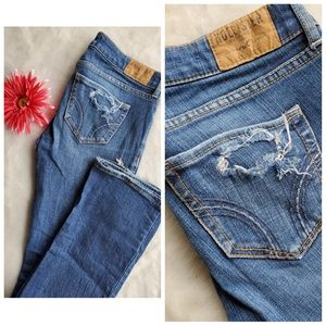 🔥HOLLISTER 3 R DISTRESSED BOOTCUT LOW RISE JEANS
